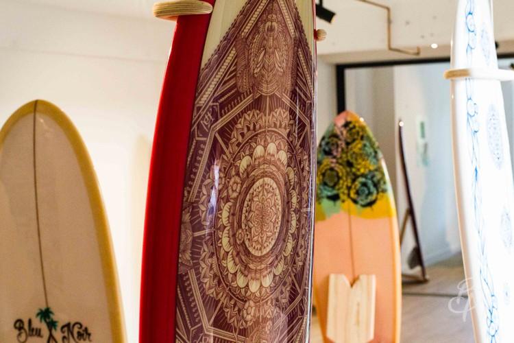 Bleu-noir-biarritz-board-tattoo-art-shop-gone-surfing-07