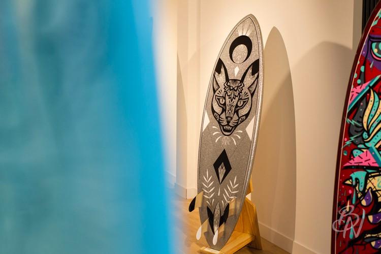 Bleu-noir-paris-biarritz-tattoo-art-shop-gone-surfing-02-