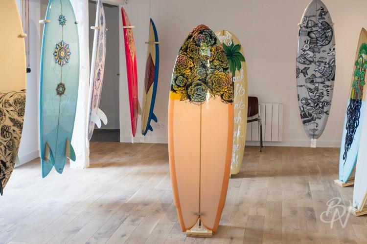 Bleu-noir-paris-biarritz-tattoo-art-shop-gone-surfing-11-